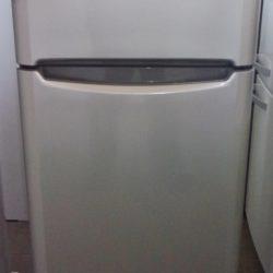 Réfrigérateur congélateur INDESIT