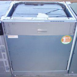 Lave vaisselle 14 couverts tout encastrable Electrolux