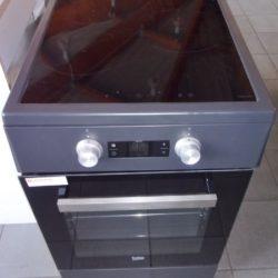 Cuisinière électrique plaque induction Beko