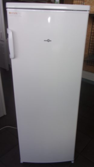 Réfrigérateur simple Froid HIGHONE 240L