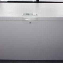 Congélateur Coffre Whirlpool 370L