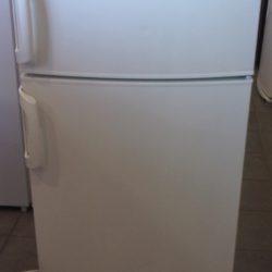 Réfrigérateur Double Froid 230L ELECTROLUX