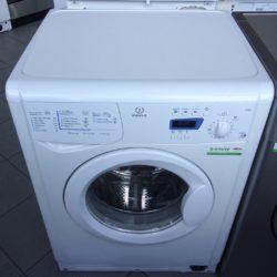 Lave Linge Hublot 5Kg INDESIT