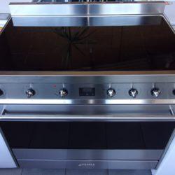 Cuisinière électrique 5 foyers inductions SMEG