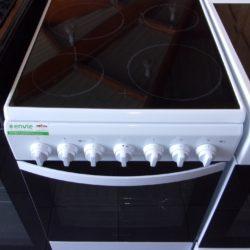 Cuisinière électrique 4 Feu Radiants INDESIT