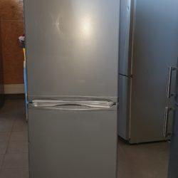 Réfrigérateur Combiné 260L INDESIT