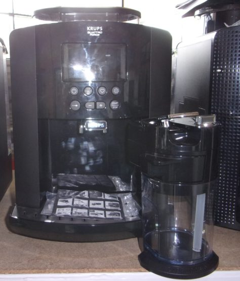 Cafetière à Grain avec réservoir à lait KRUPS
