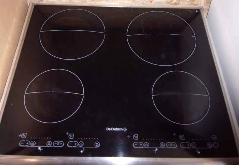 Plaque de cuisson vitrocéramique DE DIETRICH